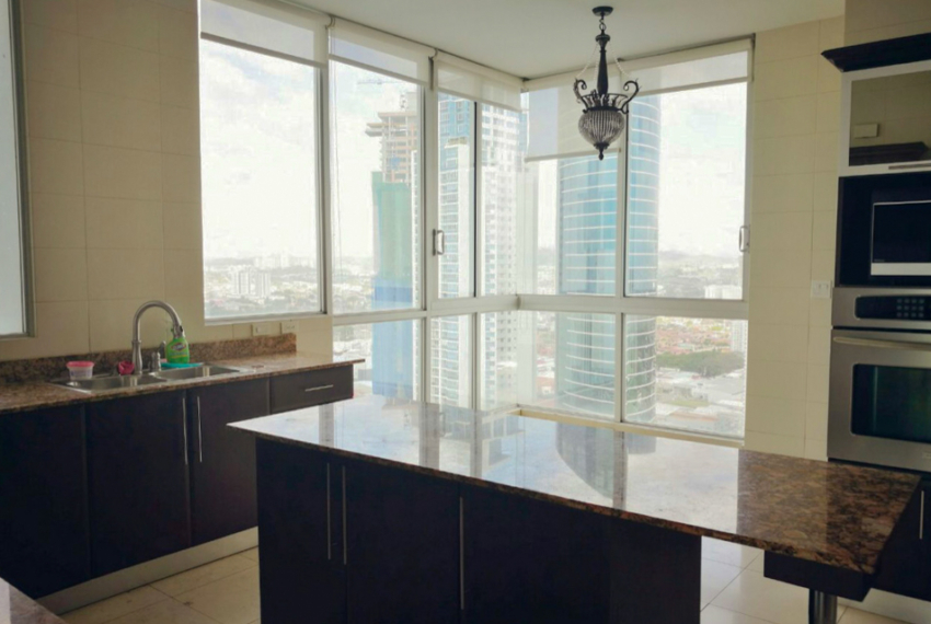Fully Furnished Ocean One Apartment for Rent in Costa del Este (11)