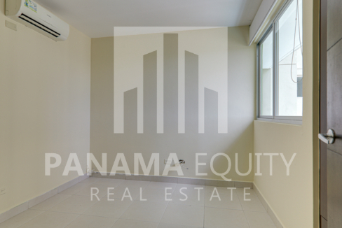 Green Bay Costa del Este Panama Apartment for rent-011