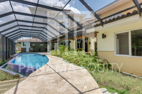 tucan panama house for sale10