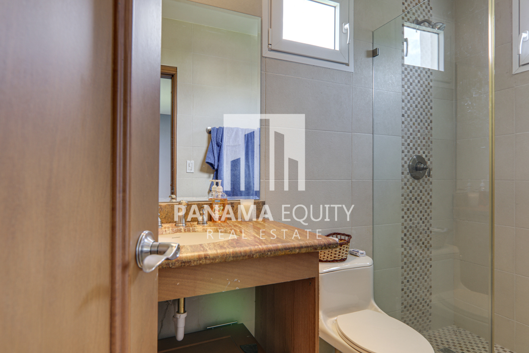 tucan panama house for sale24