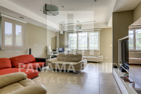 tucan panama house for sale25