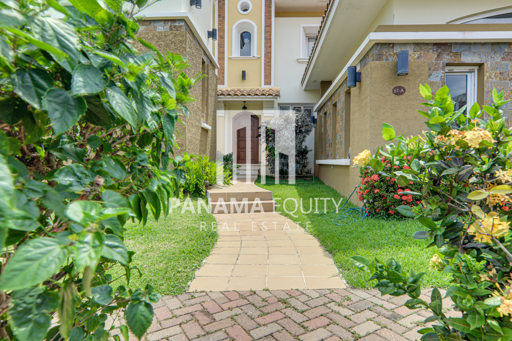 tucan panama house for sale39