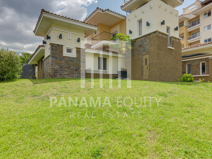 tucan panama house for sale