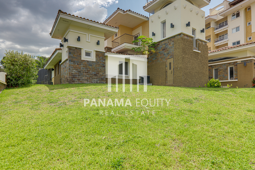 tucan panama house for sale41