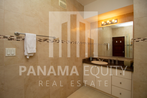 Grand Bay Avenida Balboa Panama for Rent-012