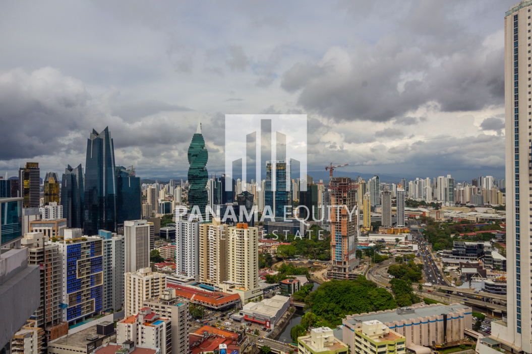 Grand Bay Avenida Balboa Panama for Rent-019