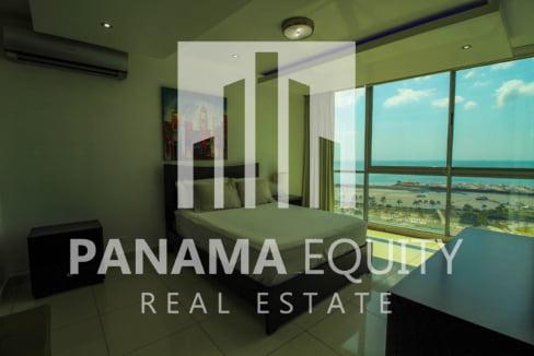 Allure Avenida Balboa Panama Apartment for Rent-007