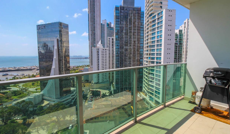 Allure Avenida Balboa Panama Apartment for Rent-009
