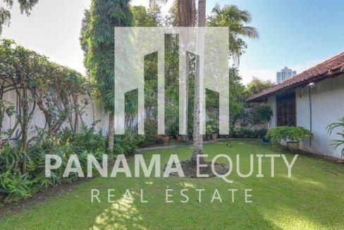 Mediterranean-Style Villa for sale in Altos del Golf  (2)