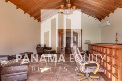 Mediterranean-Style Villa for sale in Altos del Golf  (23)