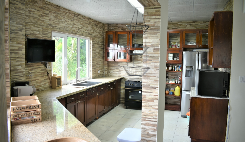 Toscana Hill For Sale in Altos Del Maria 27