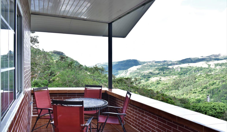 Toscana Hill For Sale in Altos Del Maria 3-1