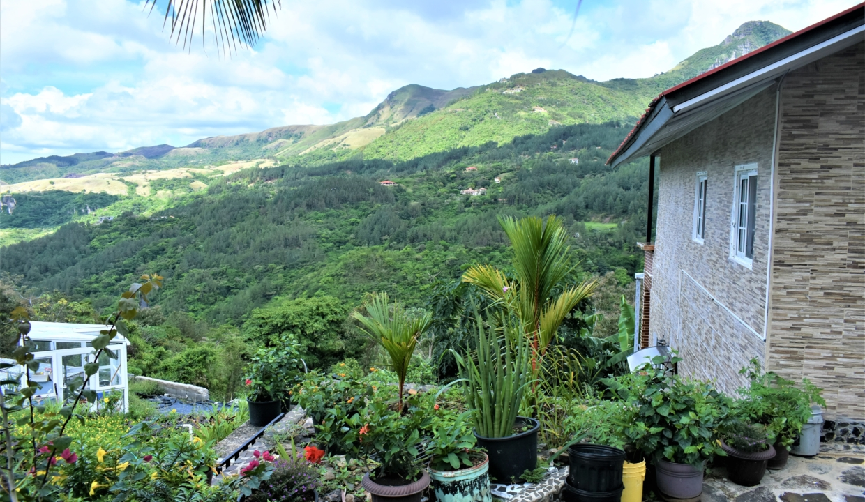 Toscana Hill For Sale in Altos Del Maria 32
