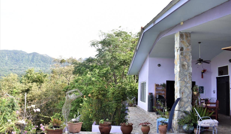 Toscana II For Sale in Altos Del Maria 17