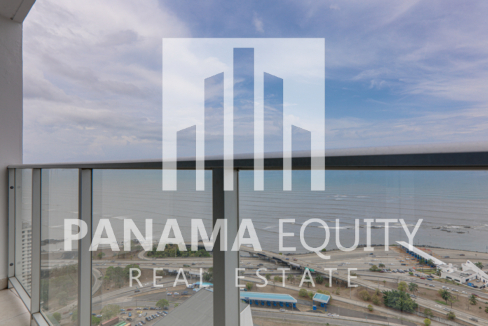 Two-Bedroom Fully-Furnished Condo for Rent in Serenity San Francisco (15)