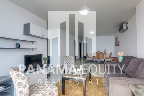 Two-Bedroom Fully-Furnished Condo for Rent in Serenity San Francisco (6)