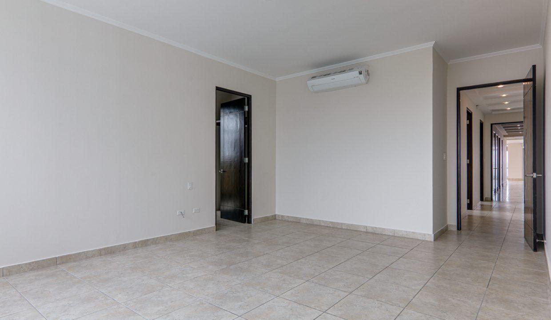 3-bedroom Condo in Torres del Pacifico for Rent in San Francisco Panama (2)