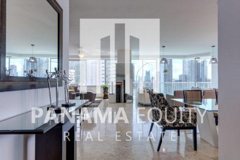 Two-bedroom apartement for rent on Avenida Balboa