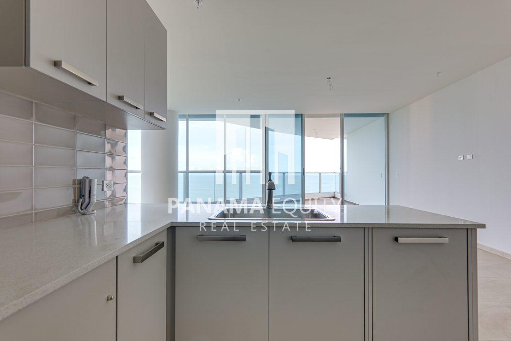 royal palm gorgona panama oceanfront apartment for sale13