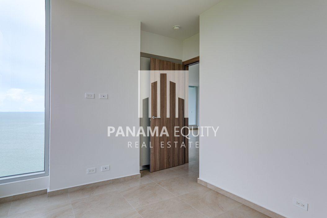 royal palm gorgona panama oceanfront apartment for sale19