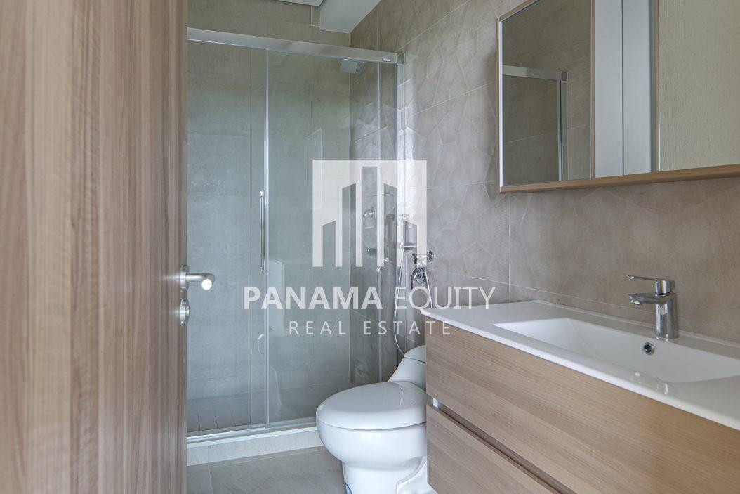 royal palm gorgona panama oceanfront apartment for sale23