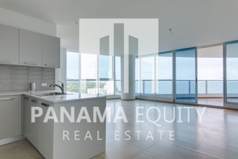 royal palm gorgona panama oceanfront apartment for sale4