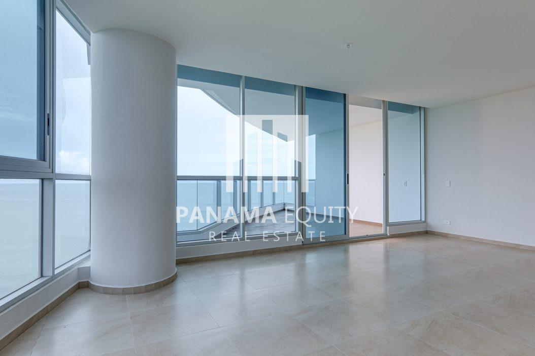 royal palm gorgona panama oceanfront apartment for sale6