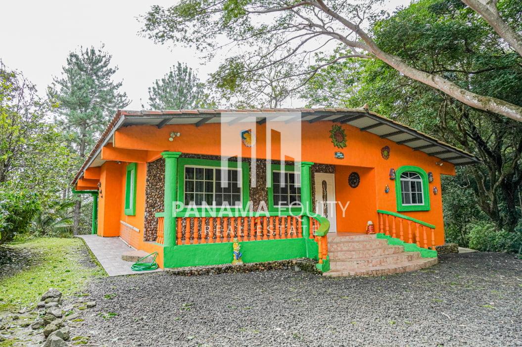 Encantadora casa de montaña en Panamá en alquiler en Altos del María