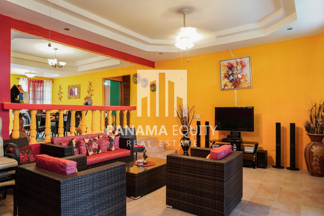 El Encanto for Sale in Altos 10