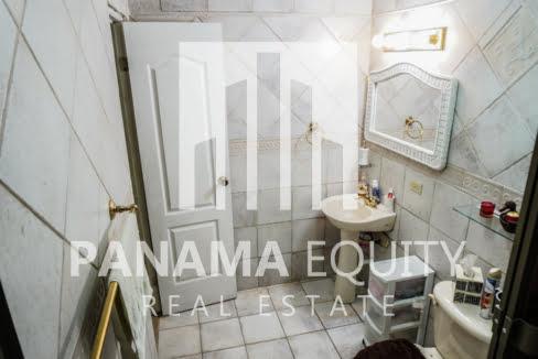 El Encanto for Sale in Altos 30