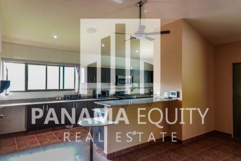 Valencia House for Sale in Altos del Maria (1)