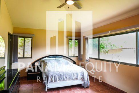 Valencia House for Sale in Altos del Maria (16)