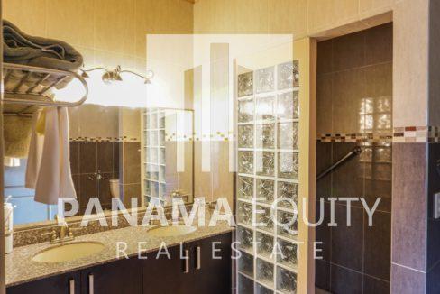Valencia House for Sale in Altos del Maria (18)