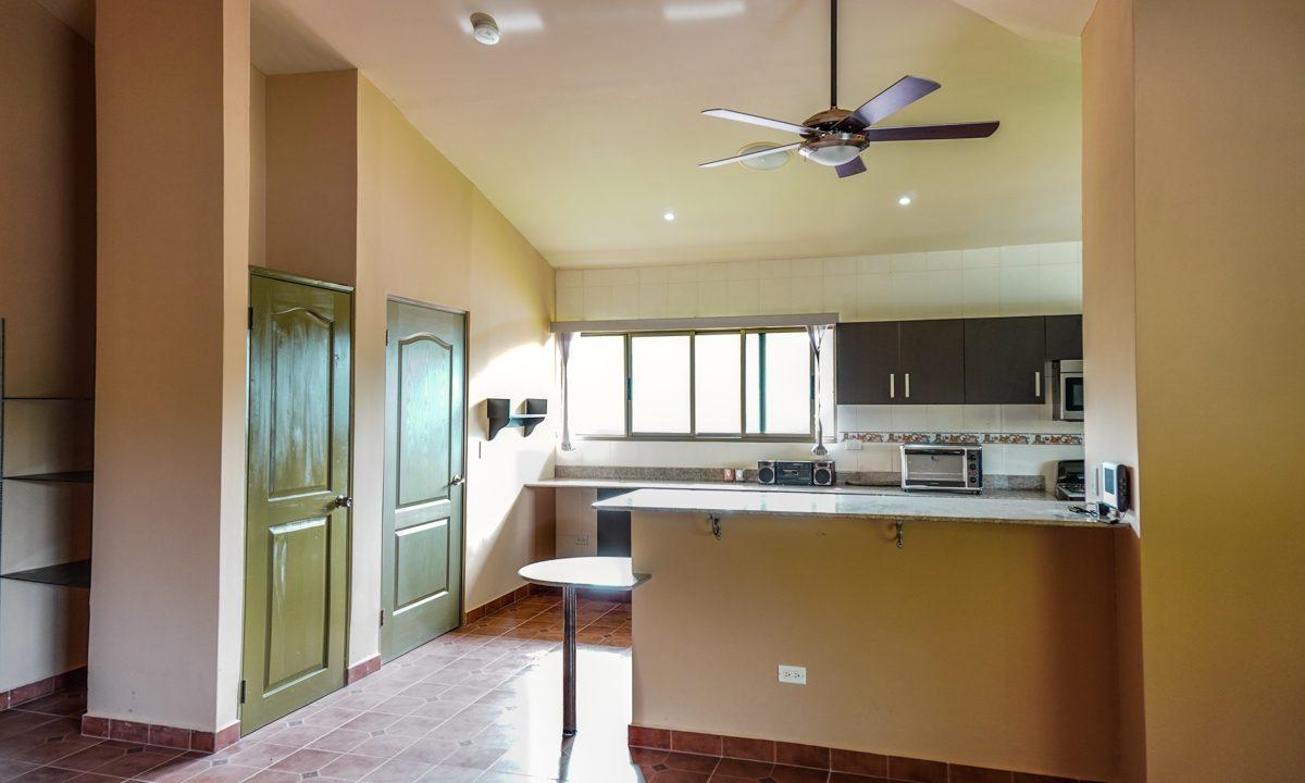 Valencia House for Sale in Altos del Maria (2)