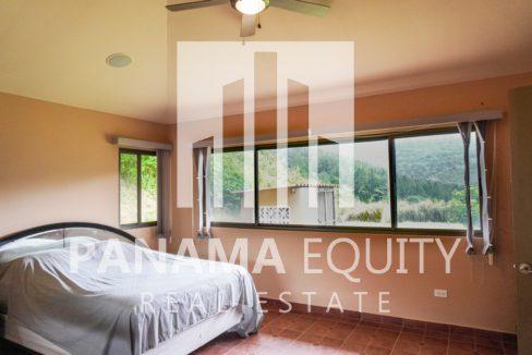 Valencia House for Sale in Altos del Maria (20)