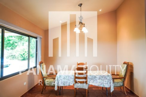 Valencia House for Sale in Altos del Maria (24)