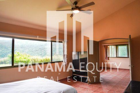 Valencia House for Sale in Altos del Maria (25)