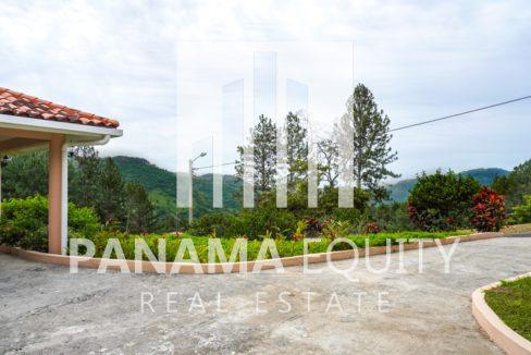 Valencia House for Sale in Altos del Maria (29)