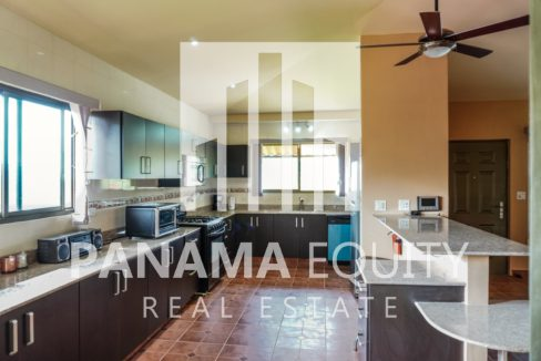 Valencia House for Sale in Altos del Maria (3)