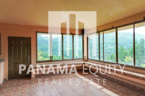 Valencia House for Sale in Altos del Maria (4)