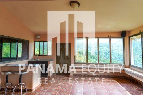 Valencia House for Sale in Altos del Maria (6)