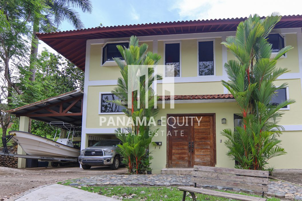 Spacious and Bright Albrook Panama Home For Sale