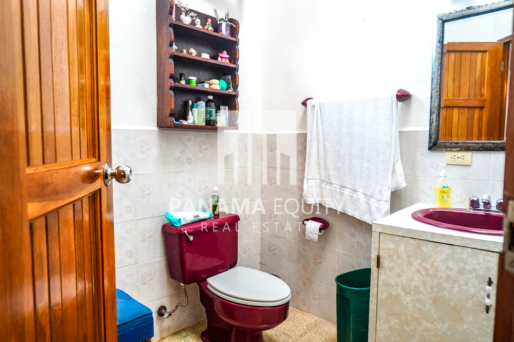 Land House for Sale in El Valle 11