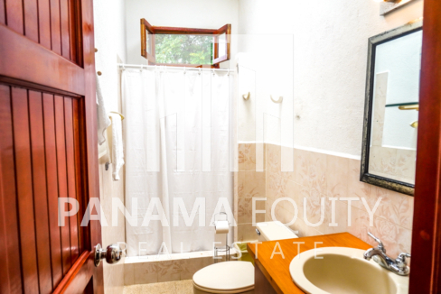 Land House for Sale in El Valle 14