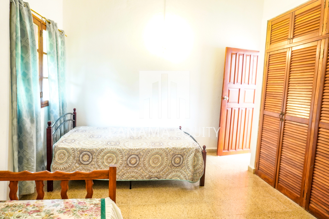 Land House for Sale in El Valle 15