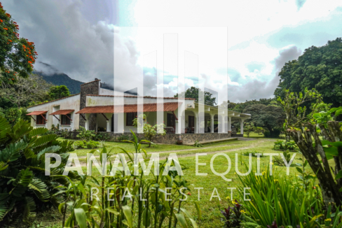 Land House for Sale in El Valle 22