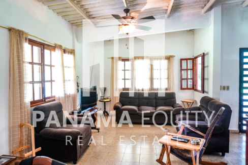 Land House for Sale in El Valle 5