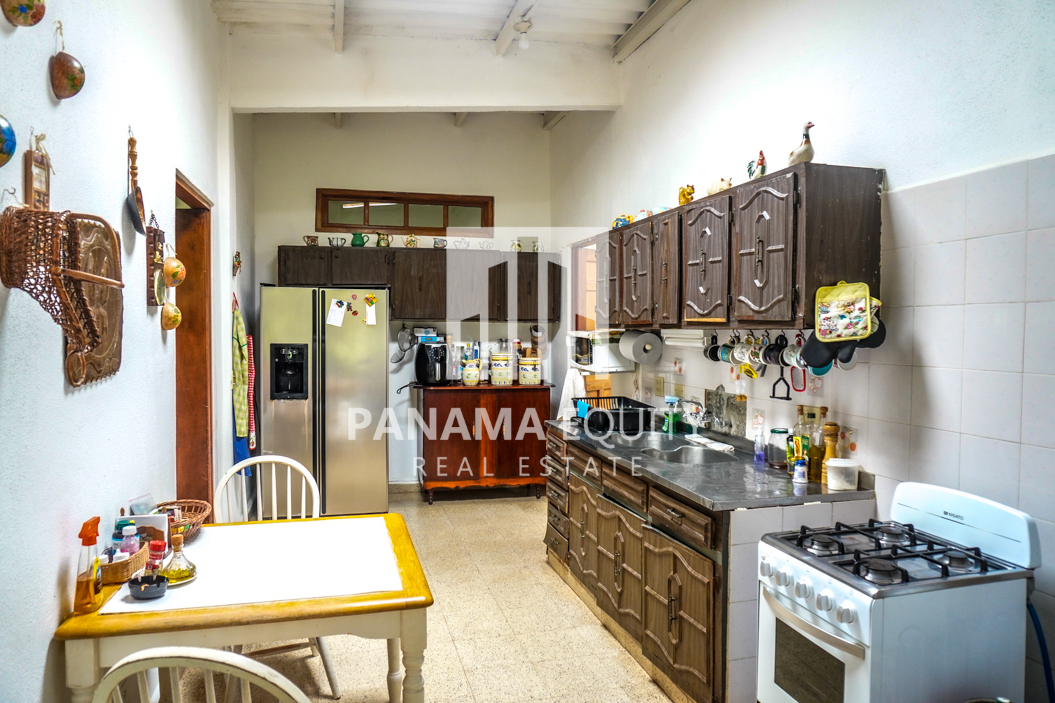 Land House for Sale in El Valle 6