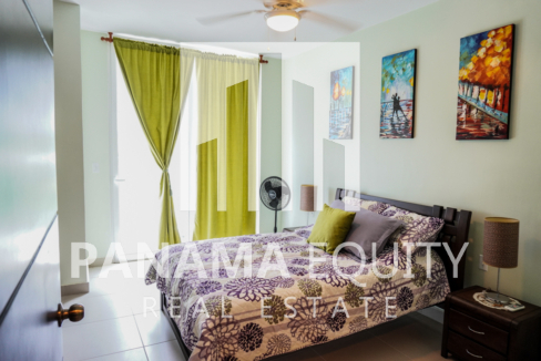 Two-Bedroom Apartment for Sale in Corona 20
