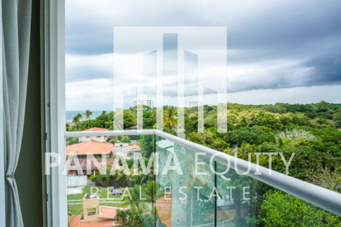 Two-Bedroom Apartment for Sale in Corona 27